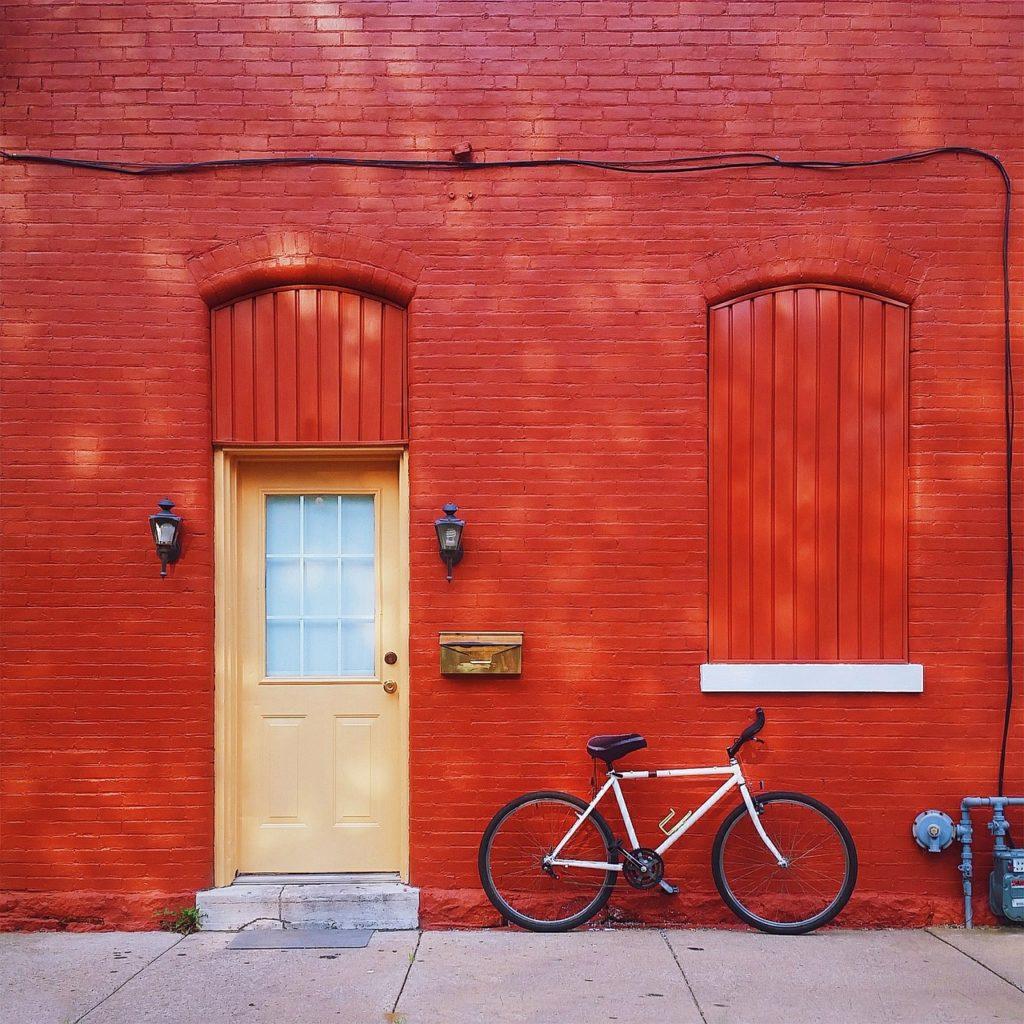 red house. cross-border estates.